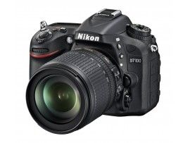 Nikon D7100 With 18-105mm Lens Kit